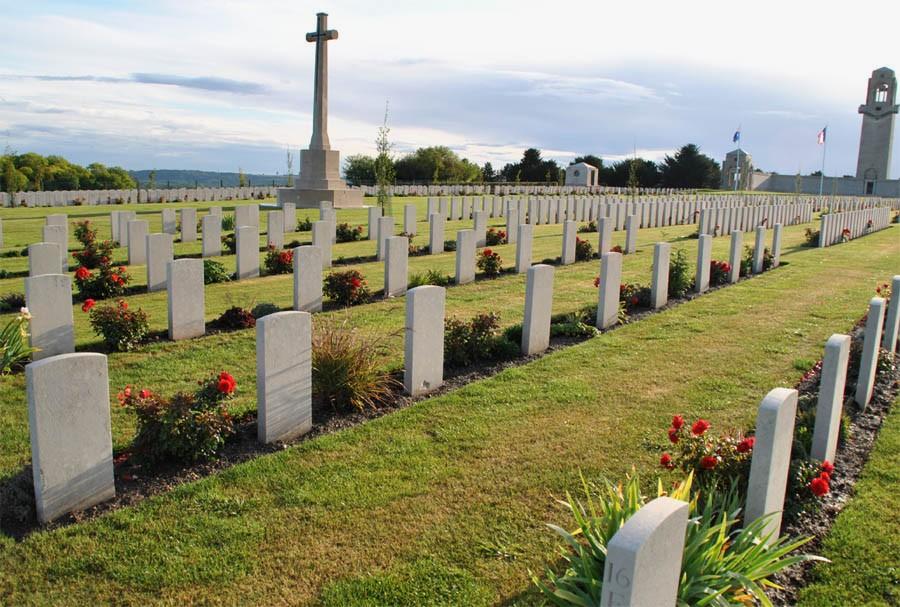 Villers-Bretonneux_Australia_Mem_2011_24.jpg